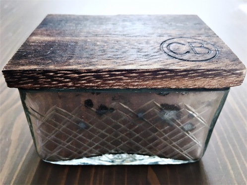 Capri Blue Candle:jewelry box
