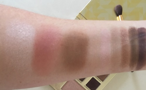 Palette swatches Tarte Light of the party