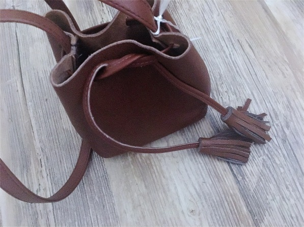 Shaffer LA Bucket bag leather