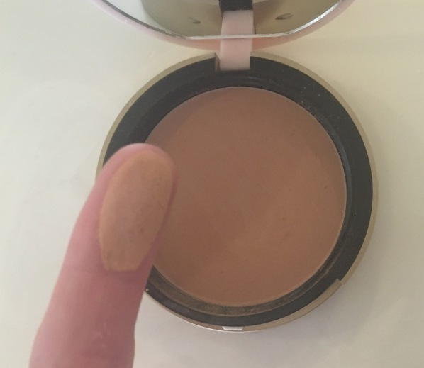Too Faced Bronzed & Poreless Swatch