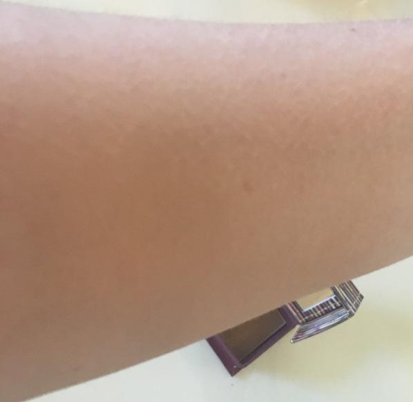 Benefit Hoola Bronzer swatch