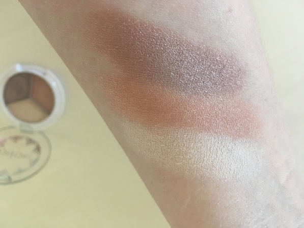 pacifica eyeshadow trio swatch