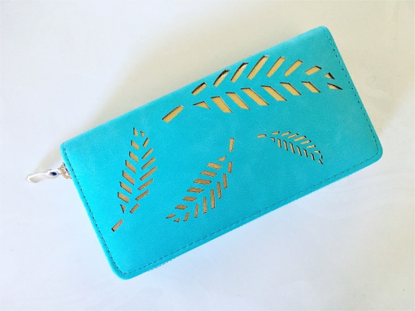 tara wallet Wantable Accessories