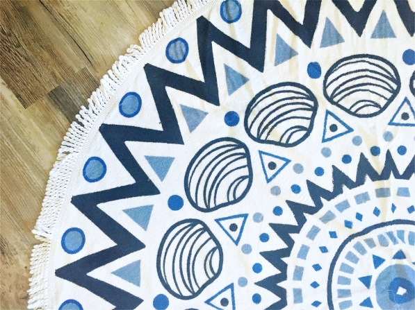 Rofino Towel Co the Chesterman Round Towel
