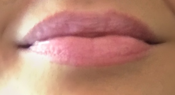 Clinique chubby Stick Super strawberry Lips Swatch
