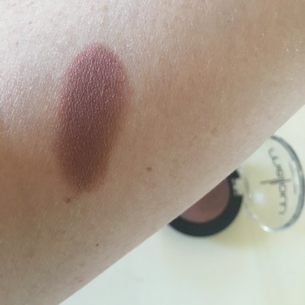 Mellow Plum Shadow Swatch
