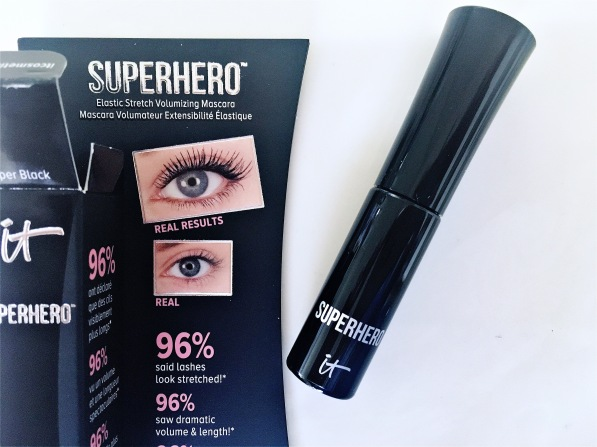 it-superhero-mascara