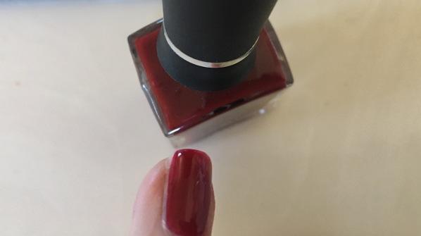 seche-nail-polish-swatch