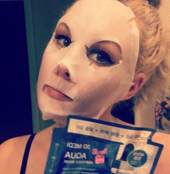 sheet-mask-face