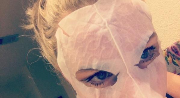 sheet-mask-texture