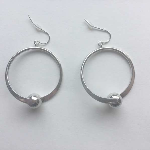 chiarra-silver-earrings-wantable
