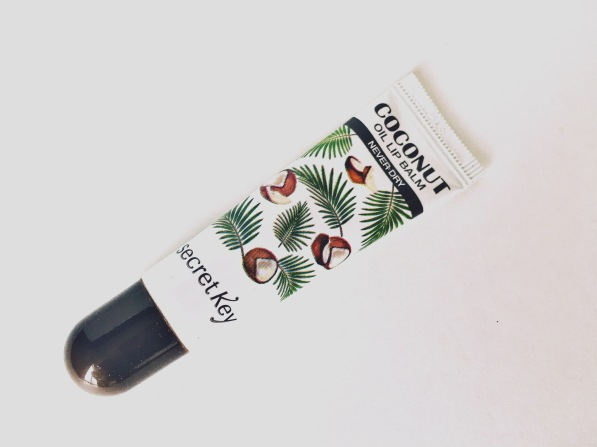 coconut-oil-lip-balm