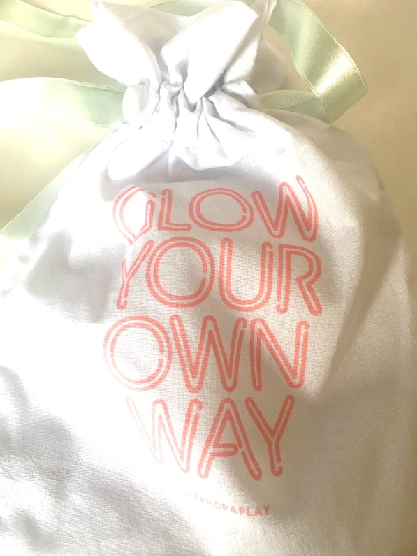 Glow your own way bag Sephora March