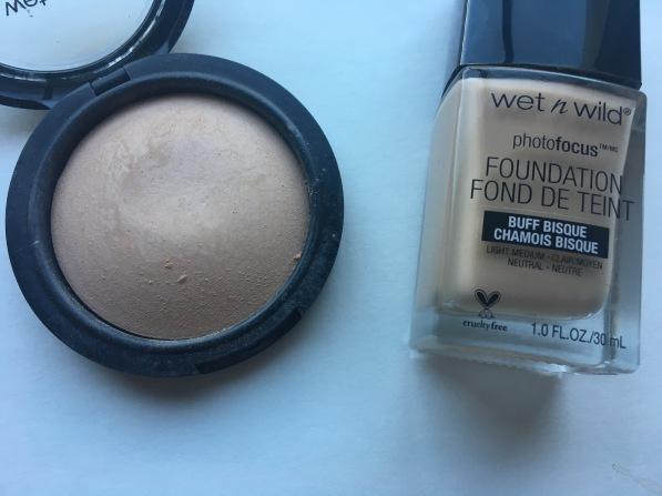 wet-n-wild-photofocus-foundation-and-powder
